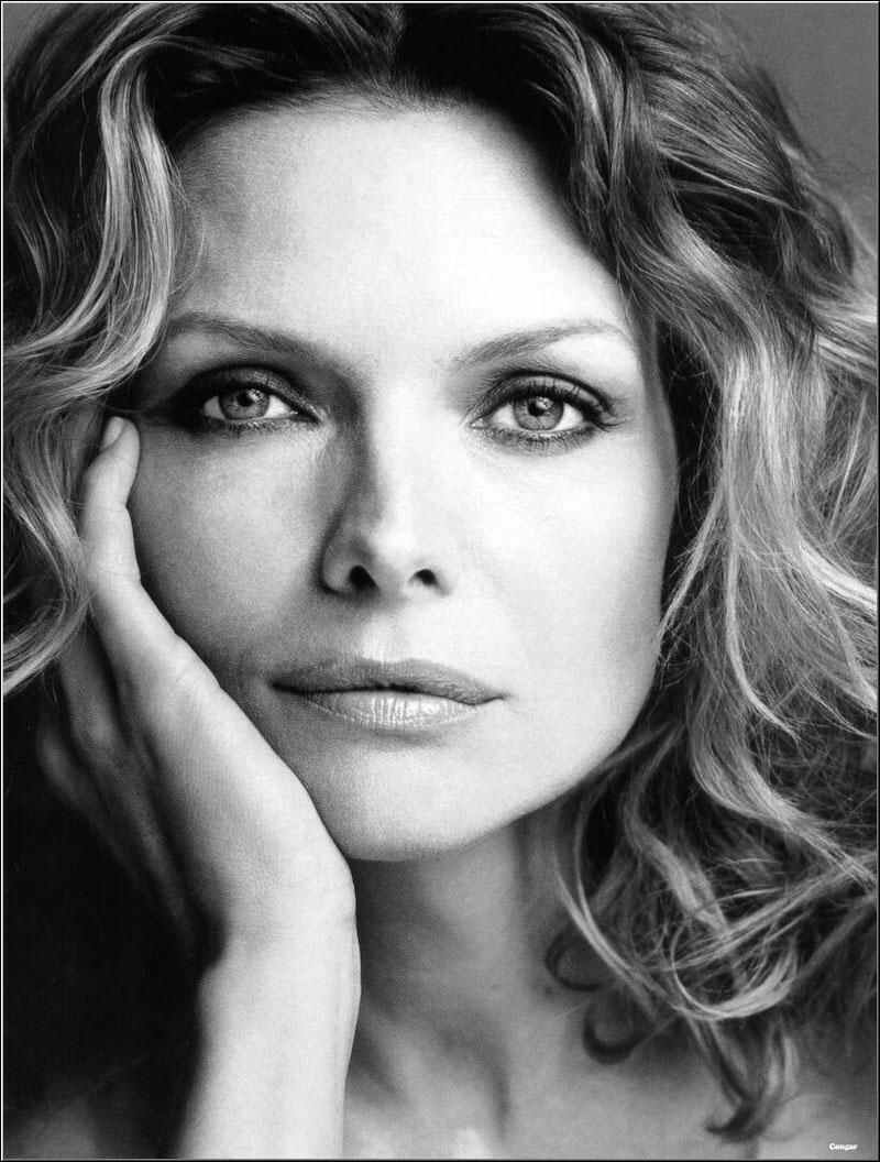 michelle_pfeiffer_006.jpg